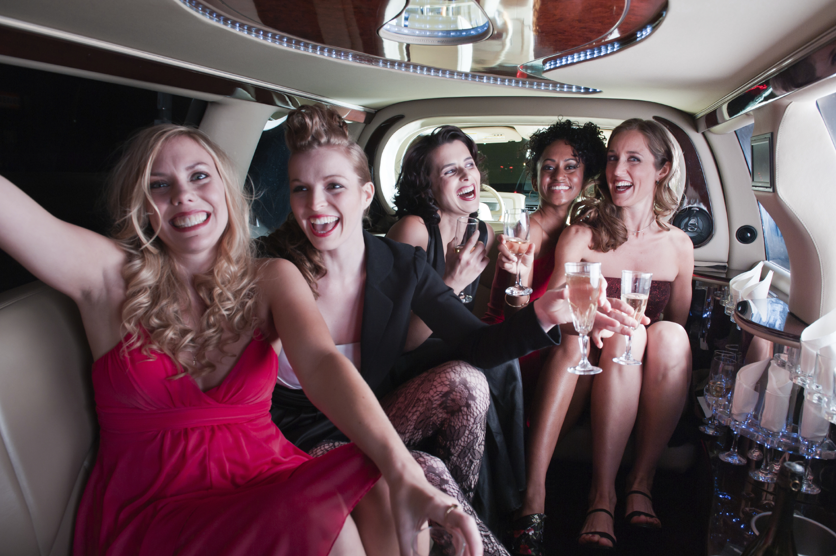 3 Reasons to Choose a Quality Dulles Airport Limo Service!!